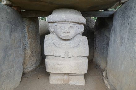 30 statue sm