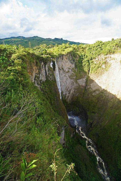 33 portrait waterfall sm