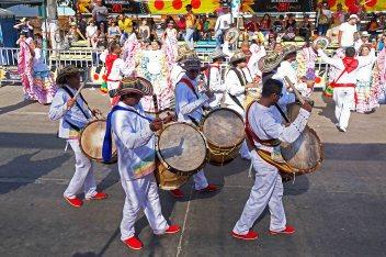 42 Carnaval Drummers sm