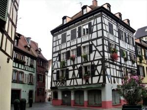 Strasburgo casa a graticcio petite france