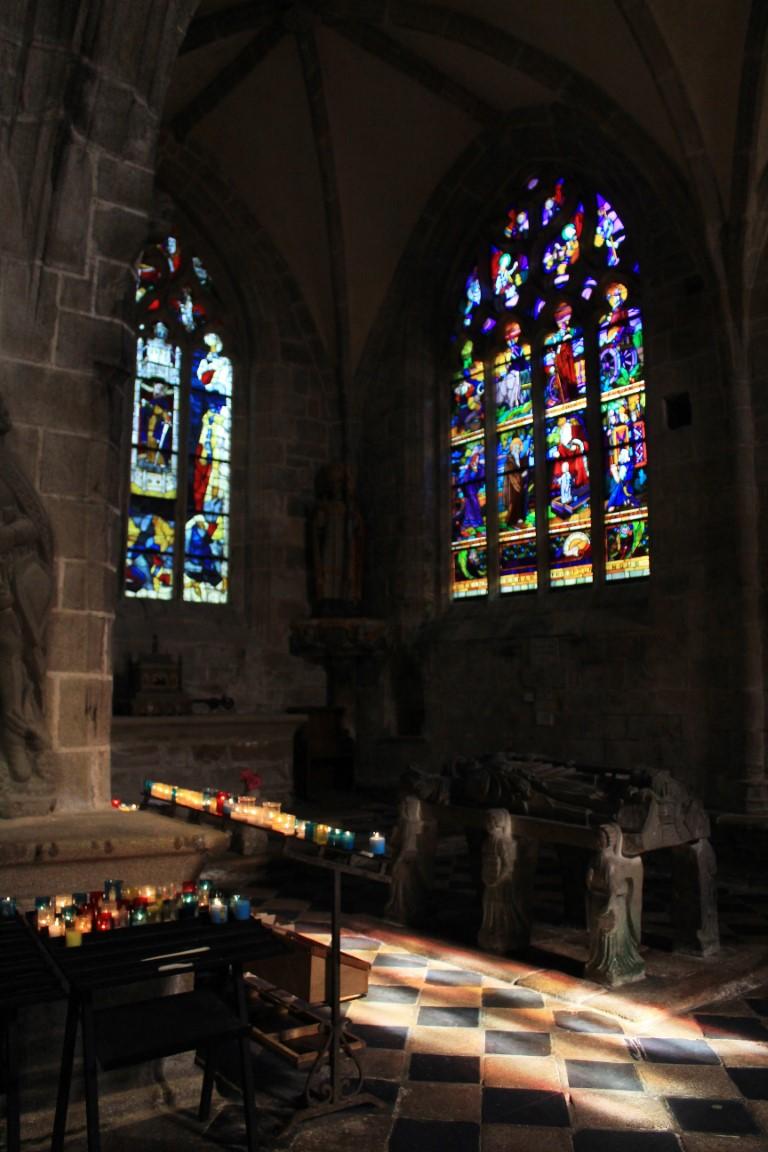 Locronan - Locronan-chiesa-di-san-Ronan-2.jpg