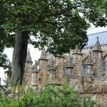 Rosslyn-Chapel - Rosslyn-Chapel-Cappella-tra-gli-alberi