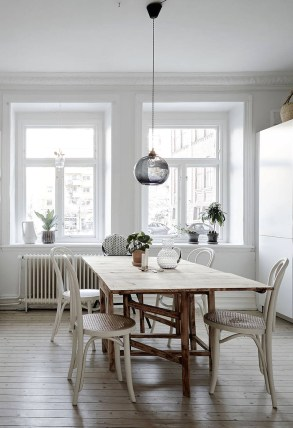 Neutrals always provide a natural feel to a neutral environment.