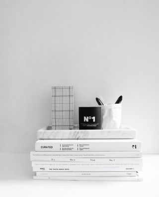 Stack magazines for easy access to some inspiration.