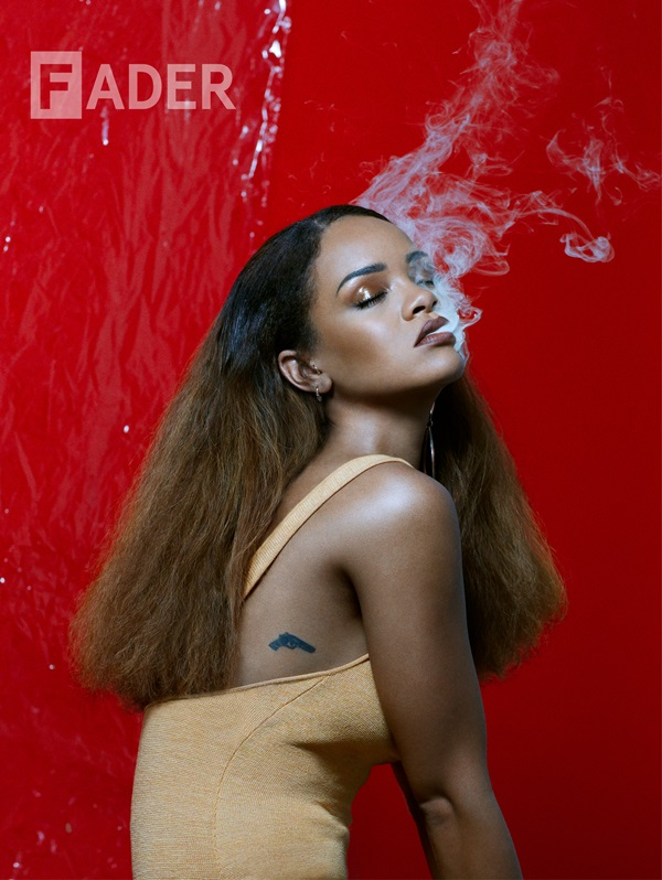 In a studio set beneath the iconic Hollywood sign in Los Angeles, and a photoshoot that lasted from morning through night, The FADER's contributing photographer Renata Raksha set up a series of shots that would capture Rihanna in ways that showcase the superstar as she sees herself. For a selection of images, and for the first time in The FADER's history, Raksha handed Rihanna the shutter release, giving the artist the opportunity to collaborate with the photographer, and snap the second cover of the publication's 100th issue.