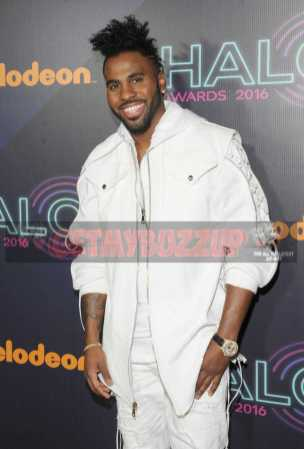 NEW YORK, NY - NOVEMBER 11: Jason Derulo attends the 2016 Nickelodeon HALO awards at Basketball City Pier 36 - South Street on November 11, 2016 in New York City. (Photo by Brad Barket/Getty Images for Nickelodeon) *** Local Caption *** Jason Derulo