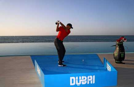 Tiger Woods returns to iconic landmark ahead of Dubai Desert Classic [Photos]