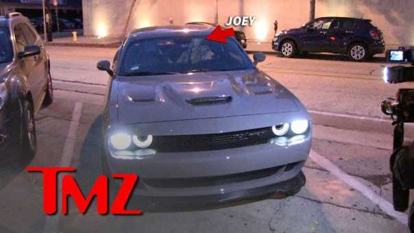 Joey Lawrence Goes to Fancy Restaurant in Pricey Car Post-Bankruptcy | TMZ