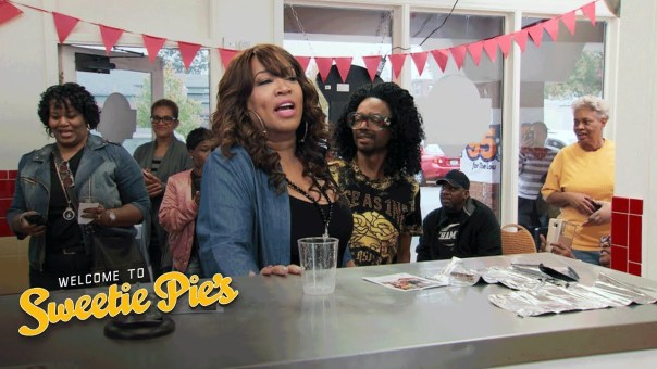 Kym Whitley and Wendell Drop By to Eat Miss Robbie's Famous Burgers | Welcome to Sweetie Pie's | OWN
