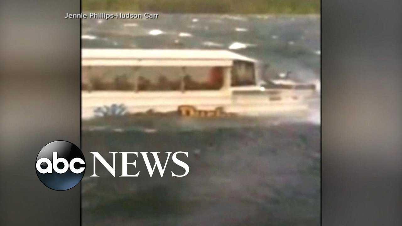 Investigators recover data box in duck boat tragedy