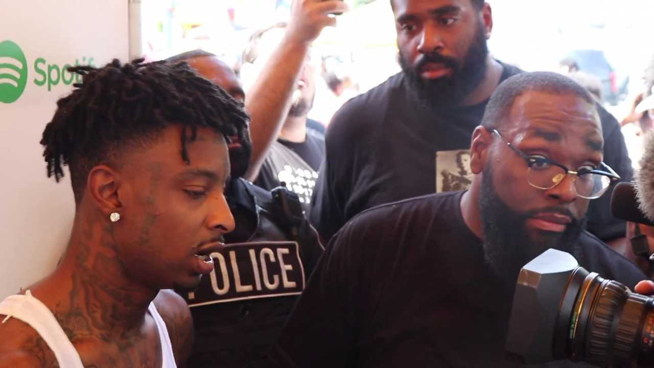 21 Savage Talks Back to School Drive' shooting  & Giving To Kids at 3th Annual ISSA Drive' - RECAP