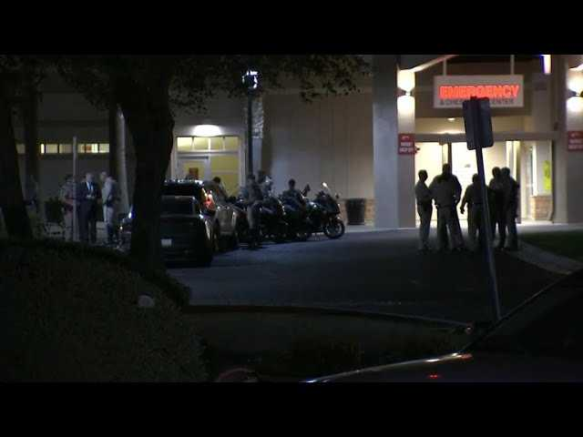 Arizona trooper killed as suspect grabs trooper's gun and fires