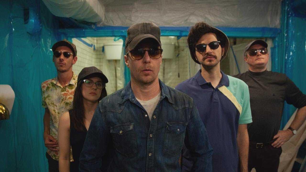 Blue Iguana Trailer: Sam Rockwell and Ben Schwartz Star in New Comedy Heist (Exclusive)