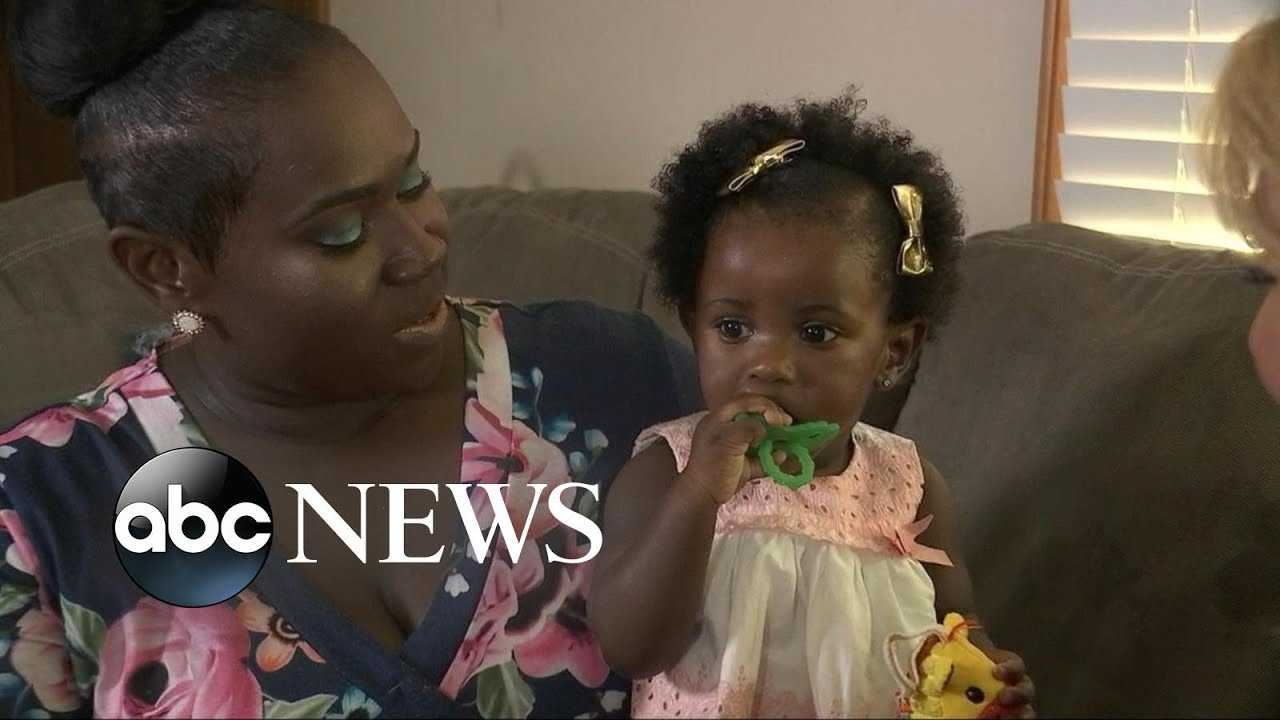 Co-workers donate vacation time to new moms for maternity leave