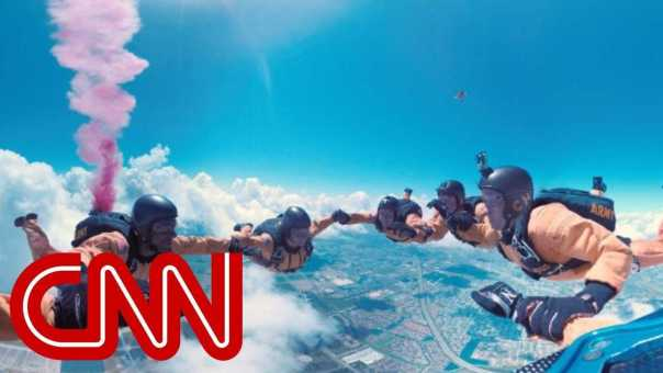 Go skydiving with the US Army – 360 Video