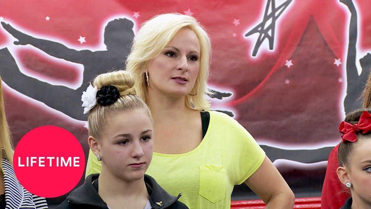 Dance Moms: Christy Throws Jodi Under the Bus (Season 4 Flashback)   Lifetime