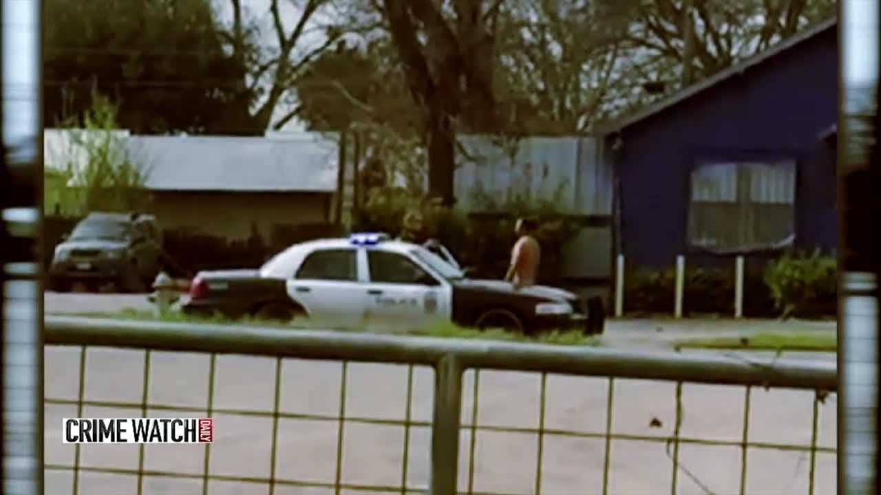 Naked man takes a Taser ... right where it hurts