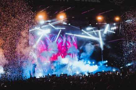 """Wiz Khalifa Performs a Headlining Set with a Live Band, Playing Hits Like """"Black & Yellow"""" and Bringing Out Vallejo's Own SOB X RBE (Photo Credit: Marcus McDonald)"""