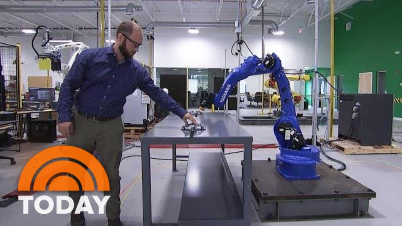 Veo Robotics Wants To Integrate Humans And Robots In The Workplace   TODAY