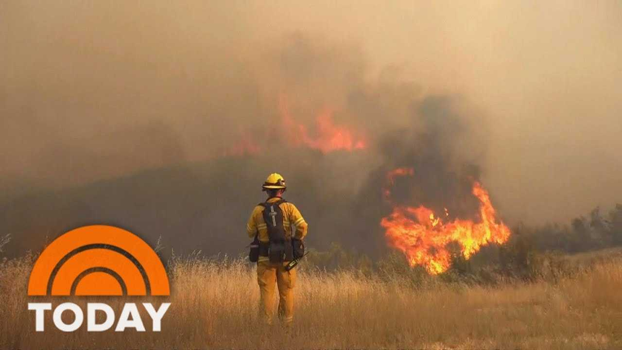 Verizon Throttled California Firefighters' Cell Phone Data Amid Wildfire Battle | TODAY