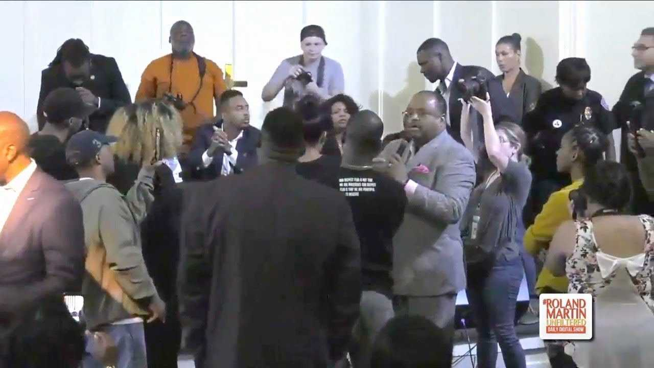 Protesters Demand DA Bring Murder Charges Against Amber Guyger At Botham Jean Rally