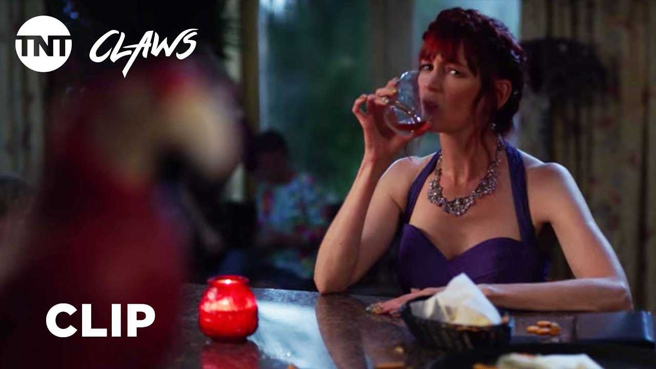 Claws: Polly's at the Bar - Season 2, Ep. 10 [CLIP] | TNT