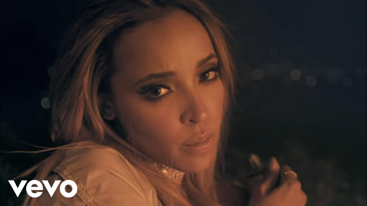 """Tinashe Releases the Visuals for """"Flame"""" [Video]"""