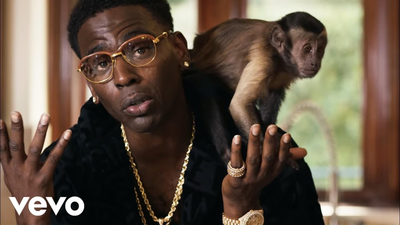 "Young Dolph Recruits A White Tiger, Monkey, and Giraffe to Live Like ""Royalty"" In New Video [Video]"