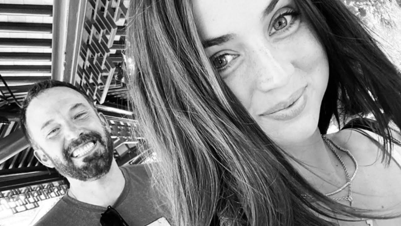 Ana de Armas Shares Rare Selfie With Ben Affleck