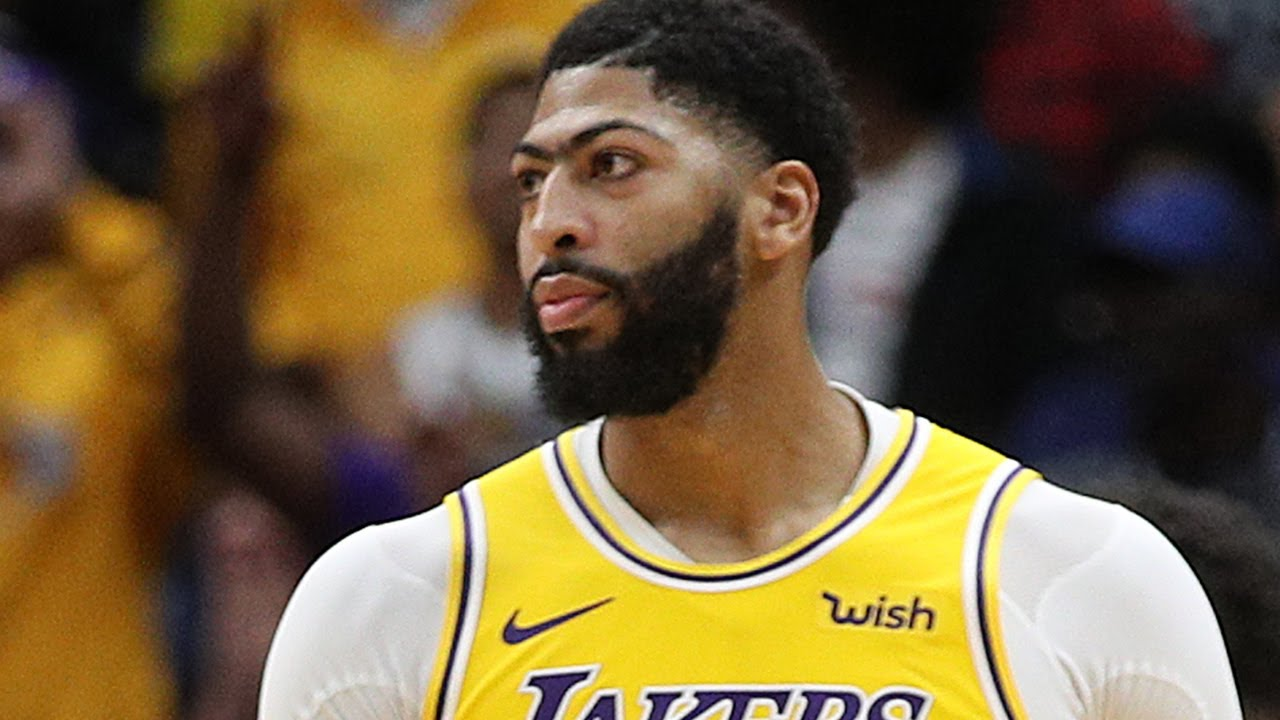 Anthony Davis Being Accused Cheating On His Baby Mama Marlen, Called Out For Flying IG Models To LA