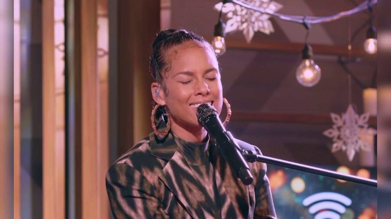 Alicia Keys - Ave María Live