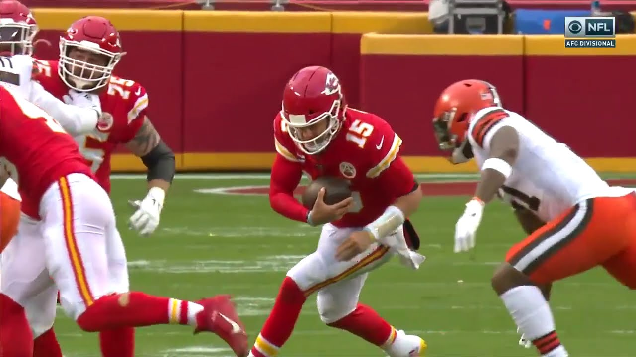 Patrick Mahomes Takes Huge Hit, Stumbles Trying To Walk With Possible Concussion