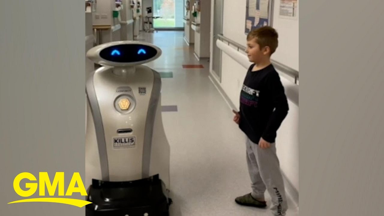 Hospital robot cracks a joke with a young patient | GMA