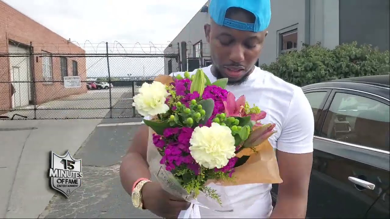 PREP PULLS UP TO FACEOFFS WITH FLOWERS FOR CASEY JAY AT UM3