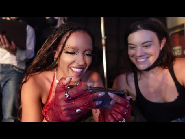 """Bouncin"" Music Video Behind the Scenes"