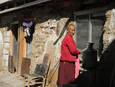 Tibetanii si credinţa buddhistă din Tibet au supravietuit