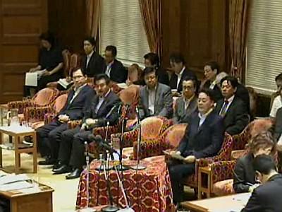 衆院特別委可決の瞬間