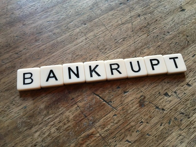 letters spelling bankrupt