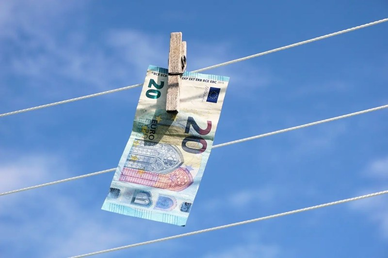 money hung out to dry