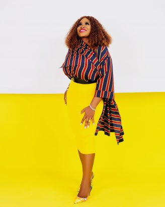 Blogger Moji Delano celebrates birthday with new pictures lailasnews 2