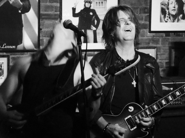 Gig review: KEE MARCELLO - The Cavern, Raynes Park, London ...