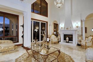 casa-elegante-3731-indian-beach-road-sarasota-florida-living-room-view