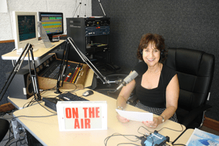 gail-shane-friends-on-air
