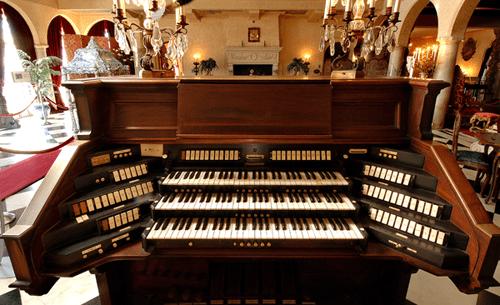 aeolian-organ-keyboard1