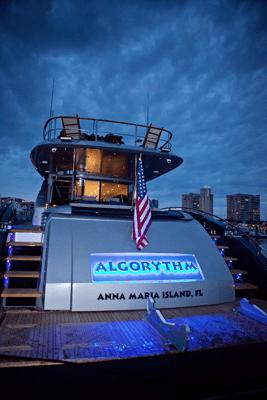 algorythm-back-night