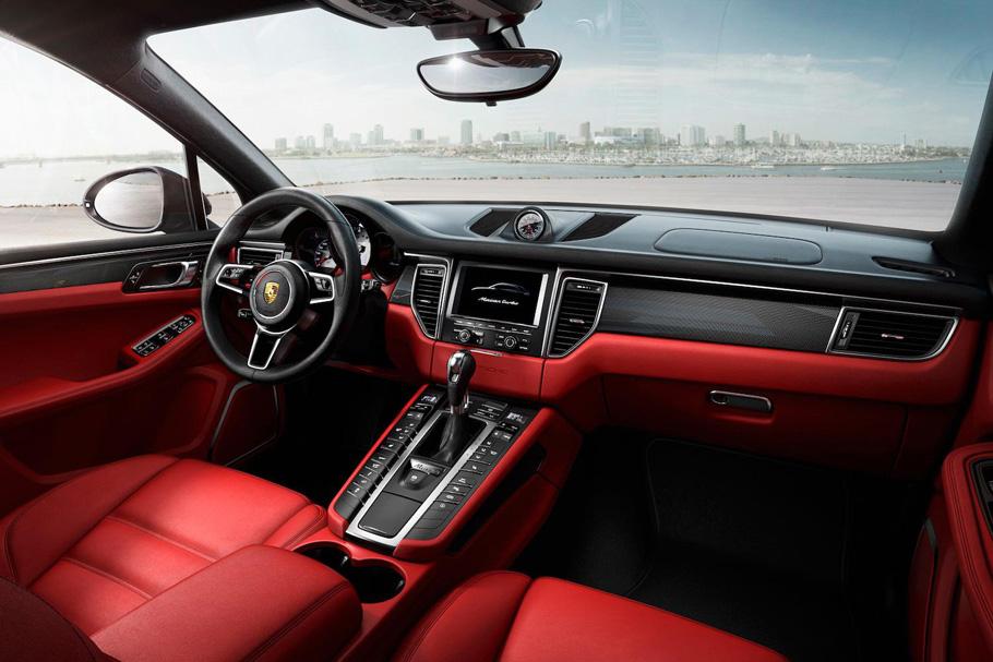 2015-Porsche-Macan-interior-