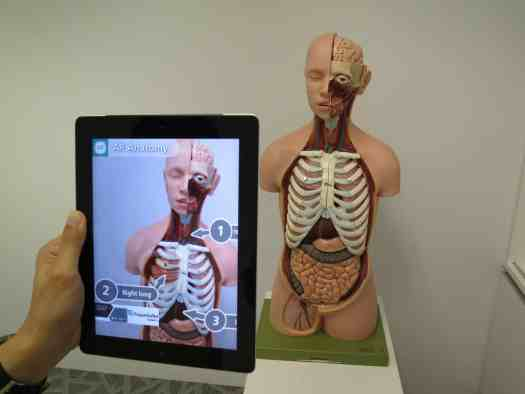 augmented-reality-1957411_1920 9 Recent Medical Innovations Disrupting Healthcare