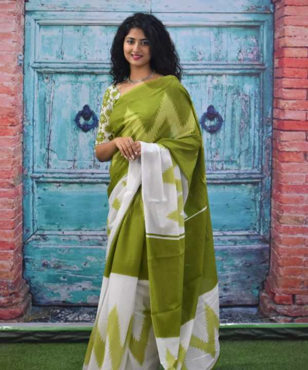 Cotton Mul Mul Sarees Online with Great Deals at GetShoppings