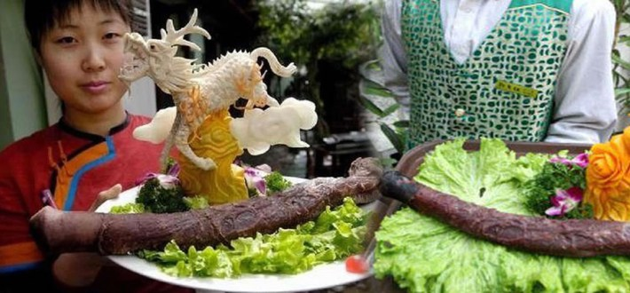 Bizarre Meals People Love to Eat | Dragon in the Flame of Desire - China
