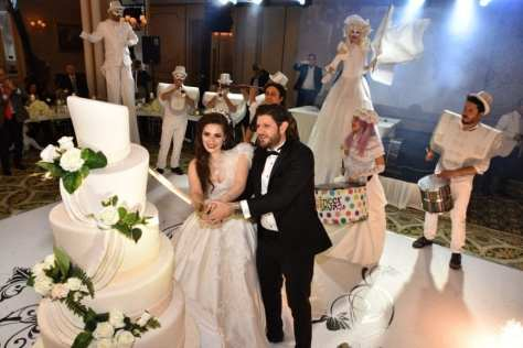 Sedra &Amp; Ridvan Wedding Cake In Istanbul